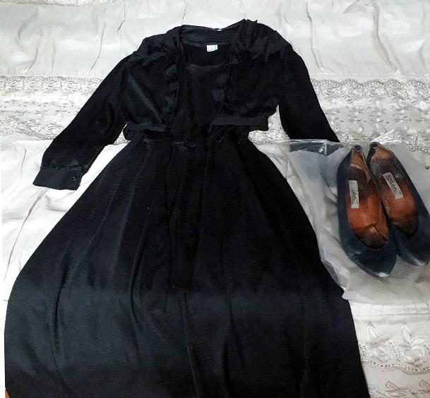 ზაირა ქებურიას კაბა და ფეხსაცმელი